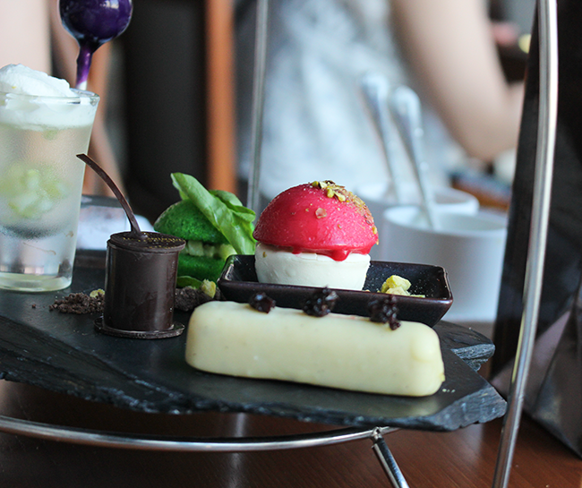 Tea at the Peninsula Hotel, Bangkok