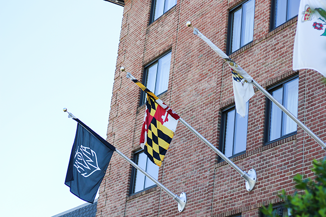 Annapolis Waterfront Hotel | Visiting Annapolis, MD in 24 Hours featured by popular DC travel blogger, Monica Dutia: Annapolis Hotel