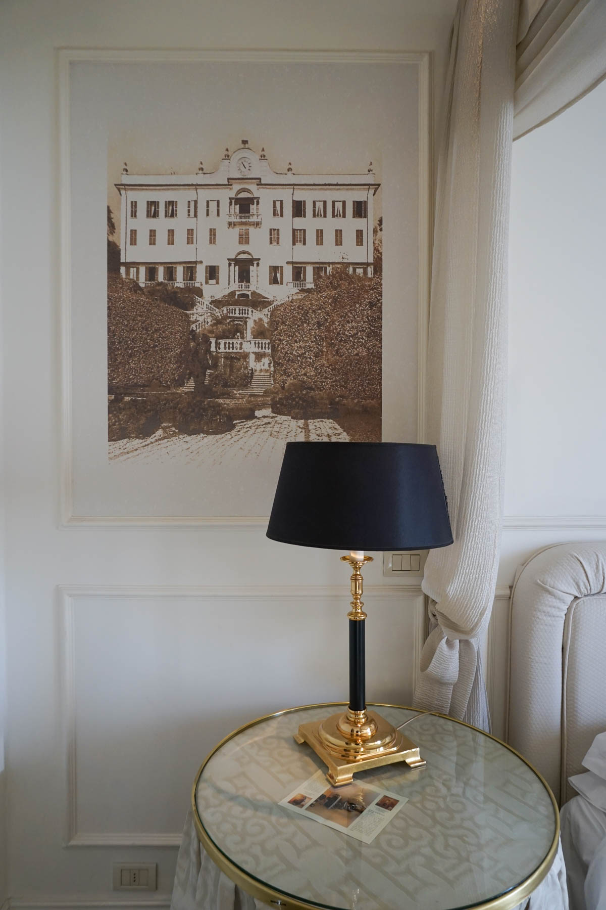 Hotel Albergo Terminus – | Lake Como in November featured by popular DC travel blogger, Monica Dutia