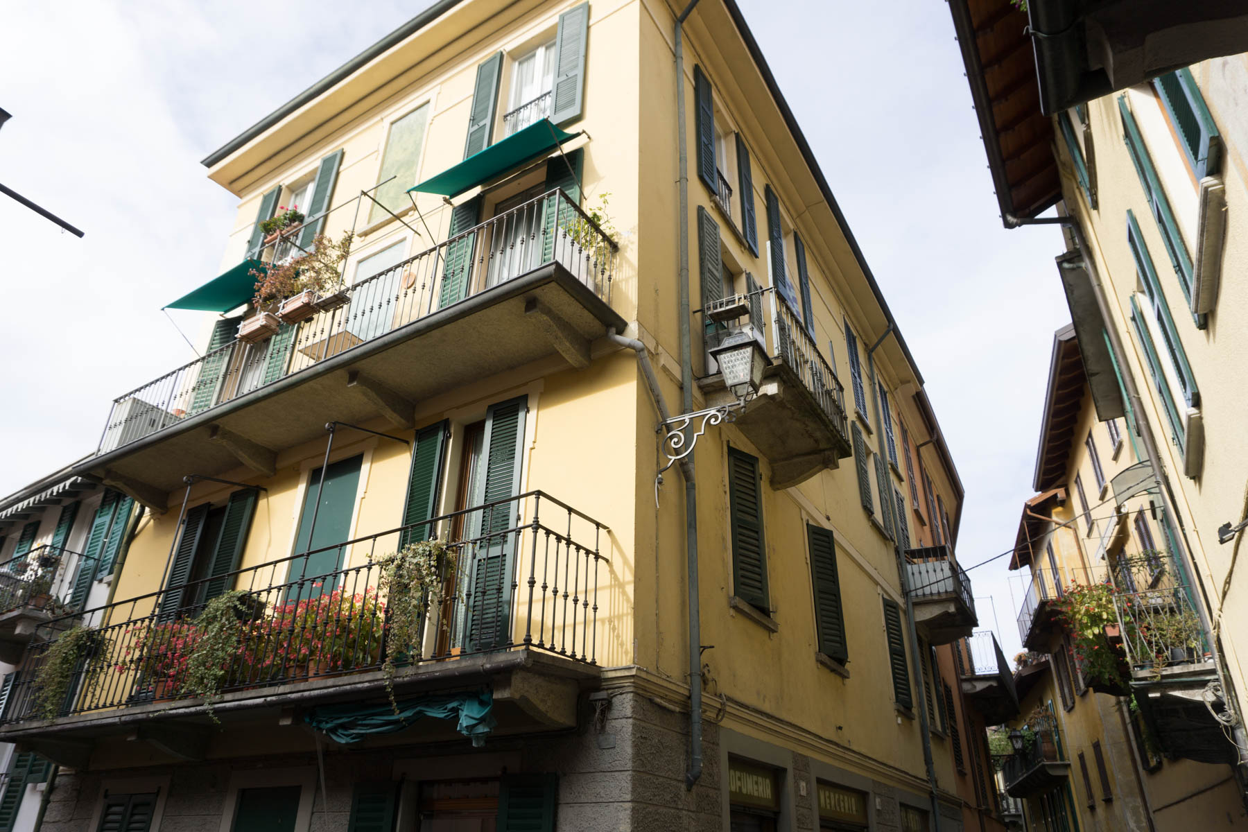 Bellagio, Italy | Lake Como in November featured by popular DC travel blogger, Monica Dutia