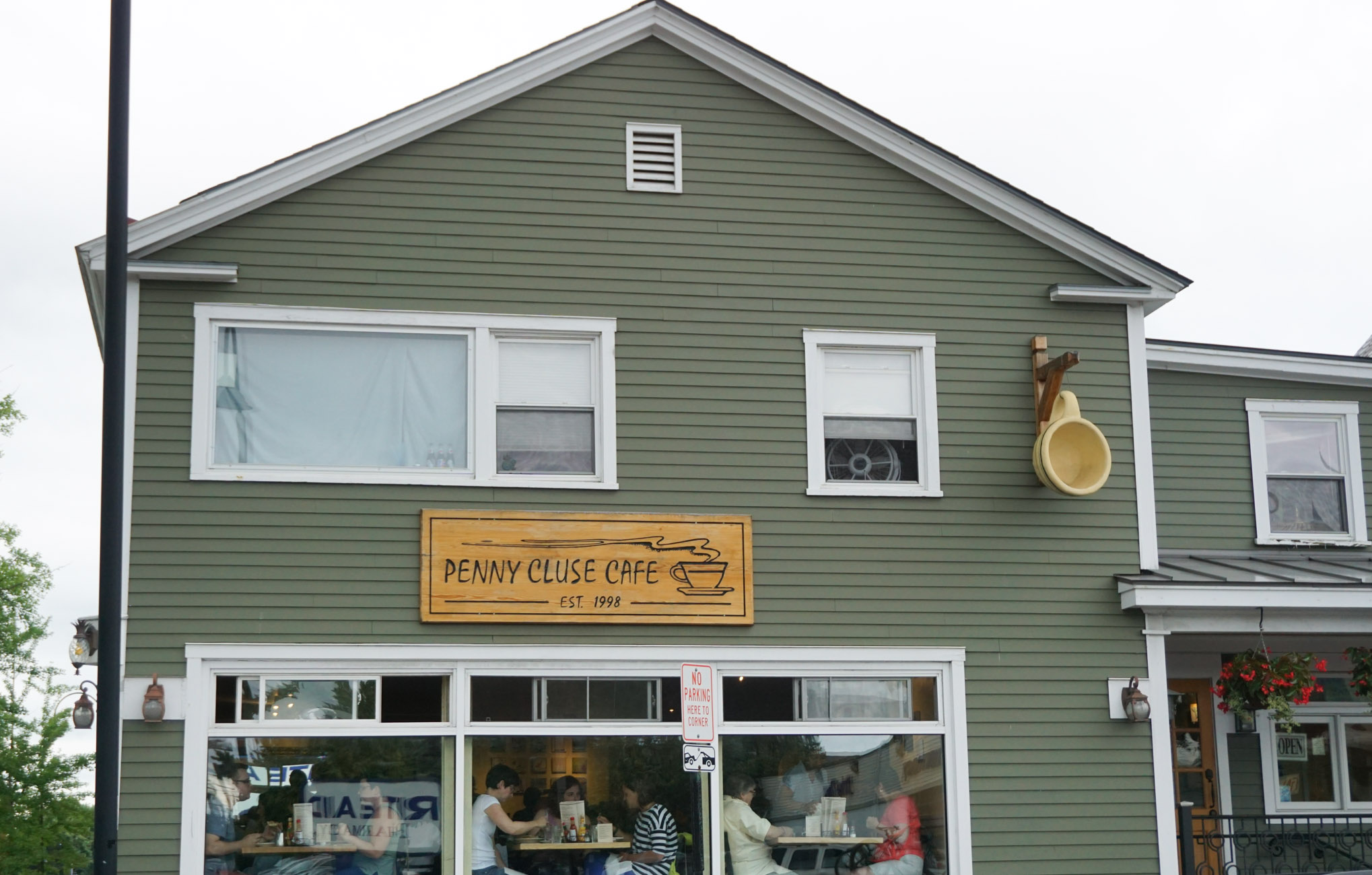 The Penny Cluse, Burlington