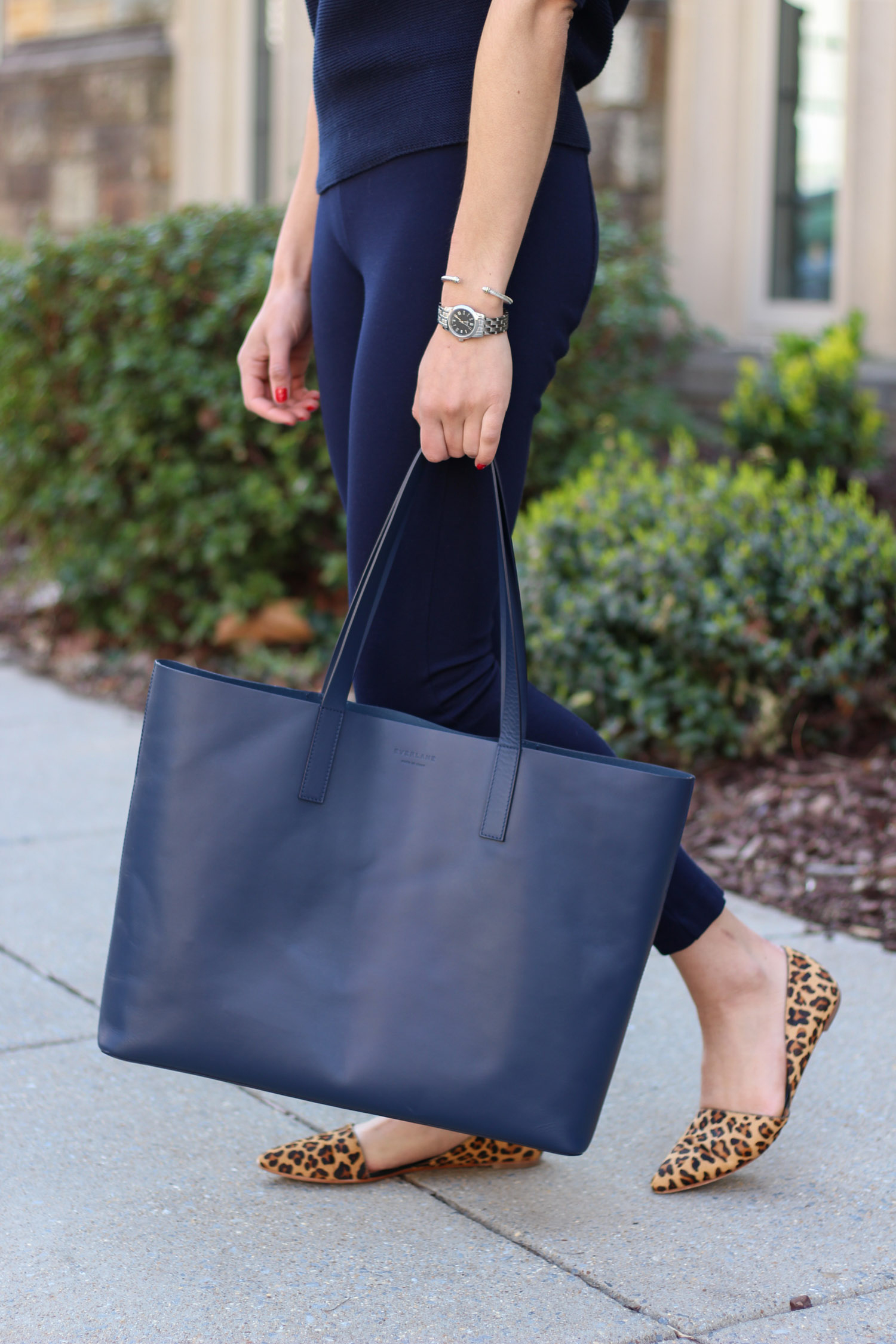 Everlane tote - All navy outfit featured by popular DC fashion blogger, Monica Dutia