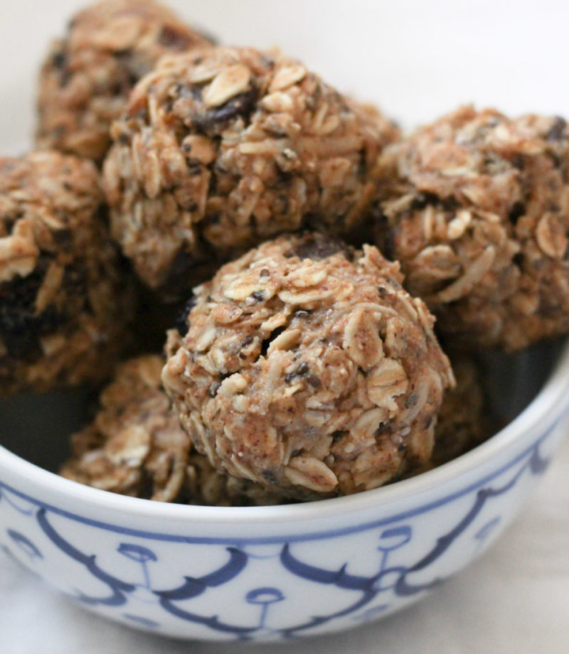 Oatmeal Cranberry Chocolate Energy Bites