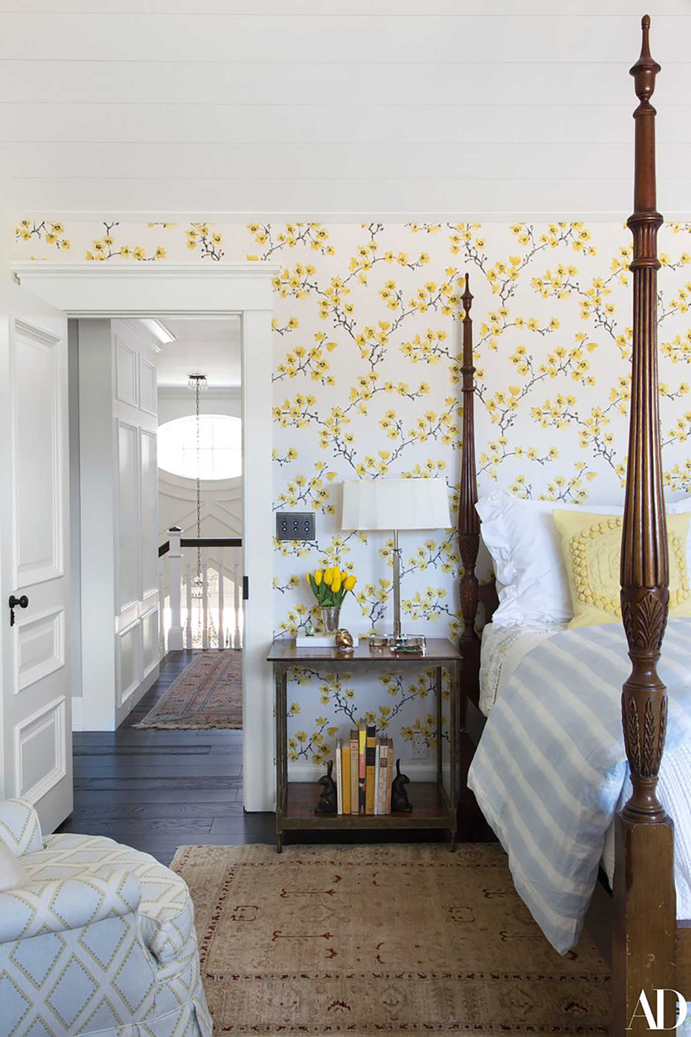 A Dreamy Vacation Home featured by popular DC lifestyle blogger, Monica Dutia