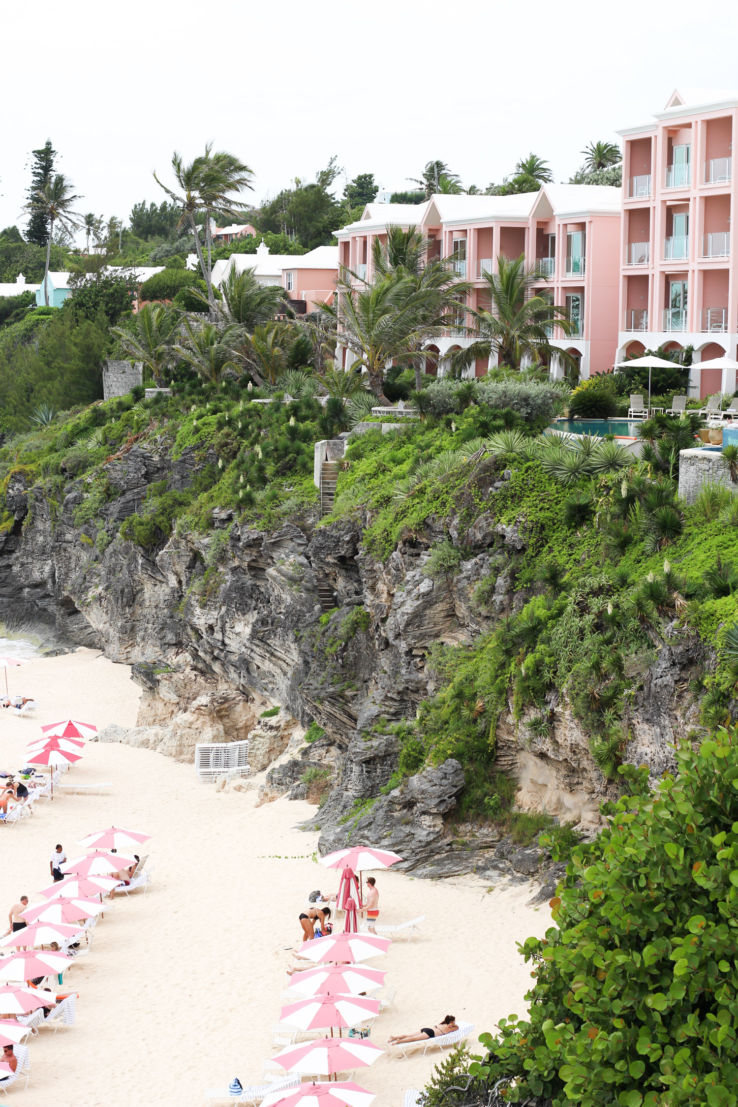 The Reefs, Bermuda | Bermuda travel guide featured by popular DC travel blogger, Monica Dutia
