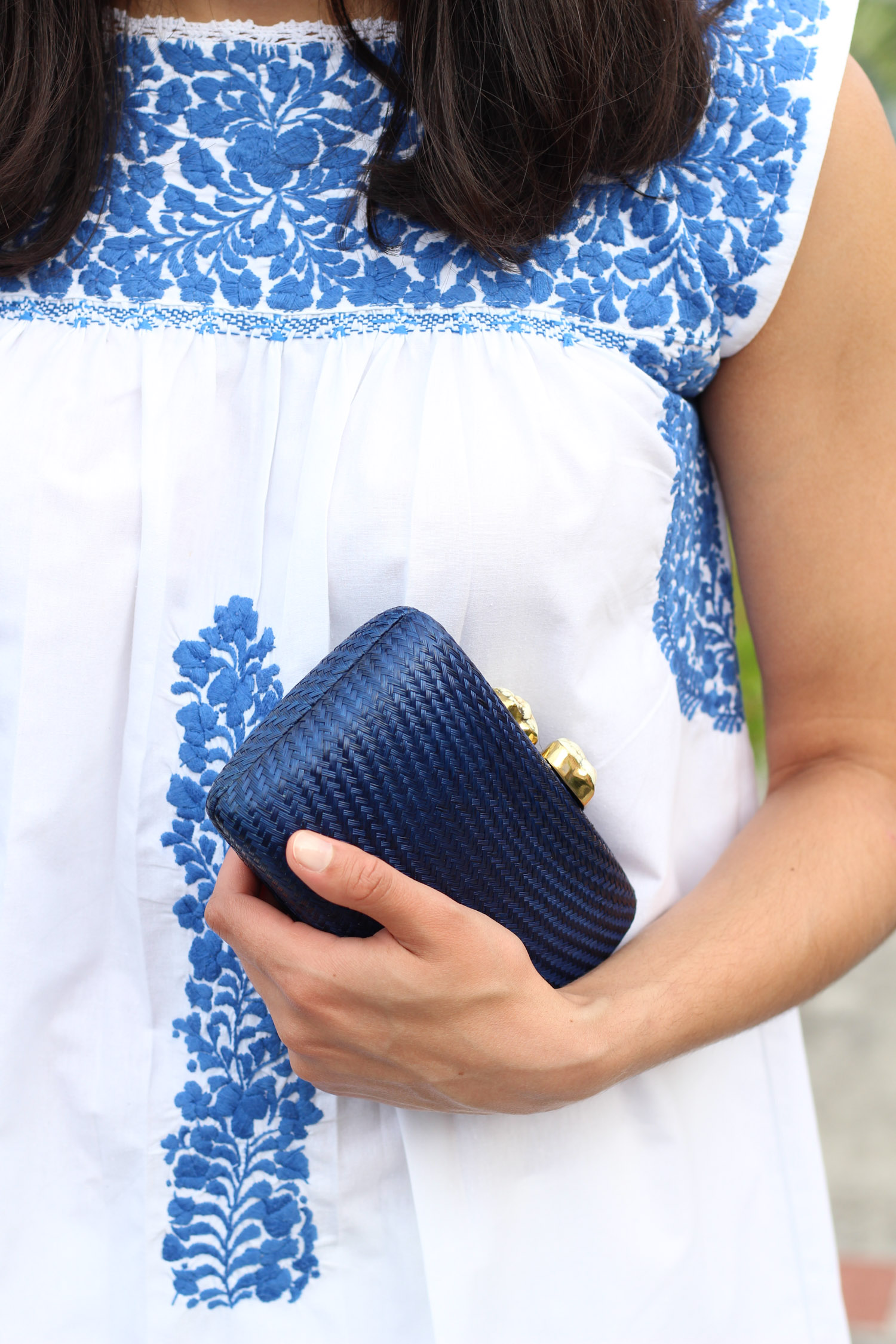 Kayu clutch | Mi Golondrina blue and white top featured by popular DC style blogger, Monica Dutia